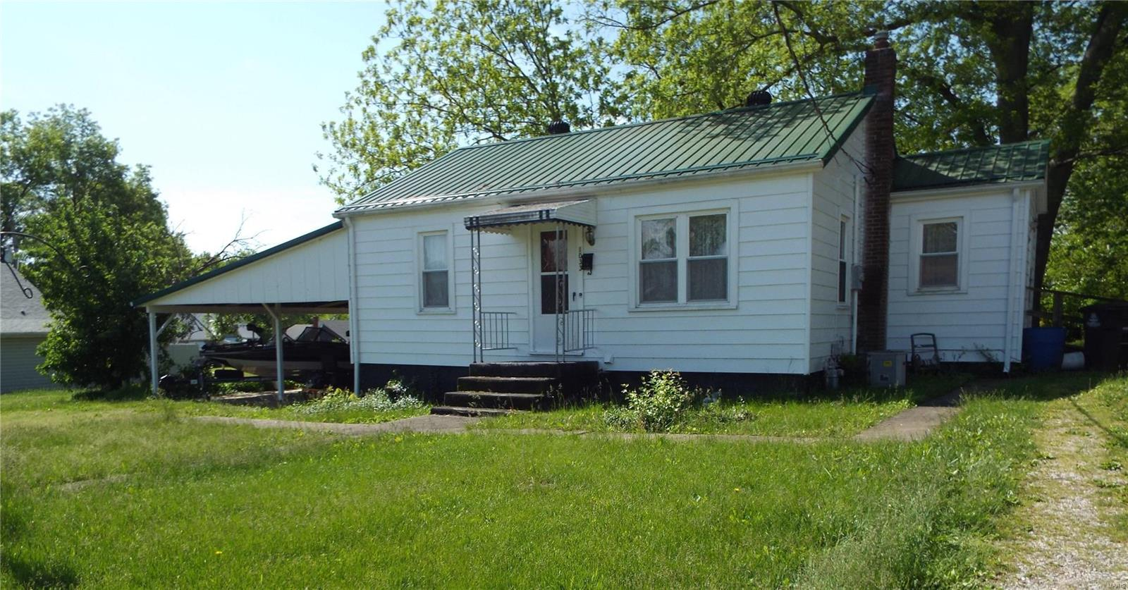 1033 Pershing Property Photo
