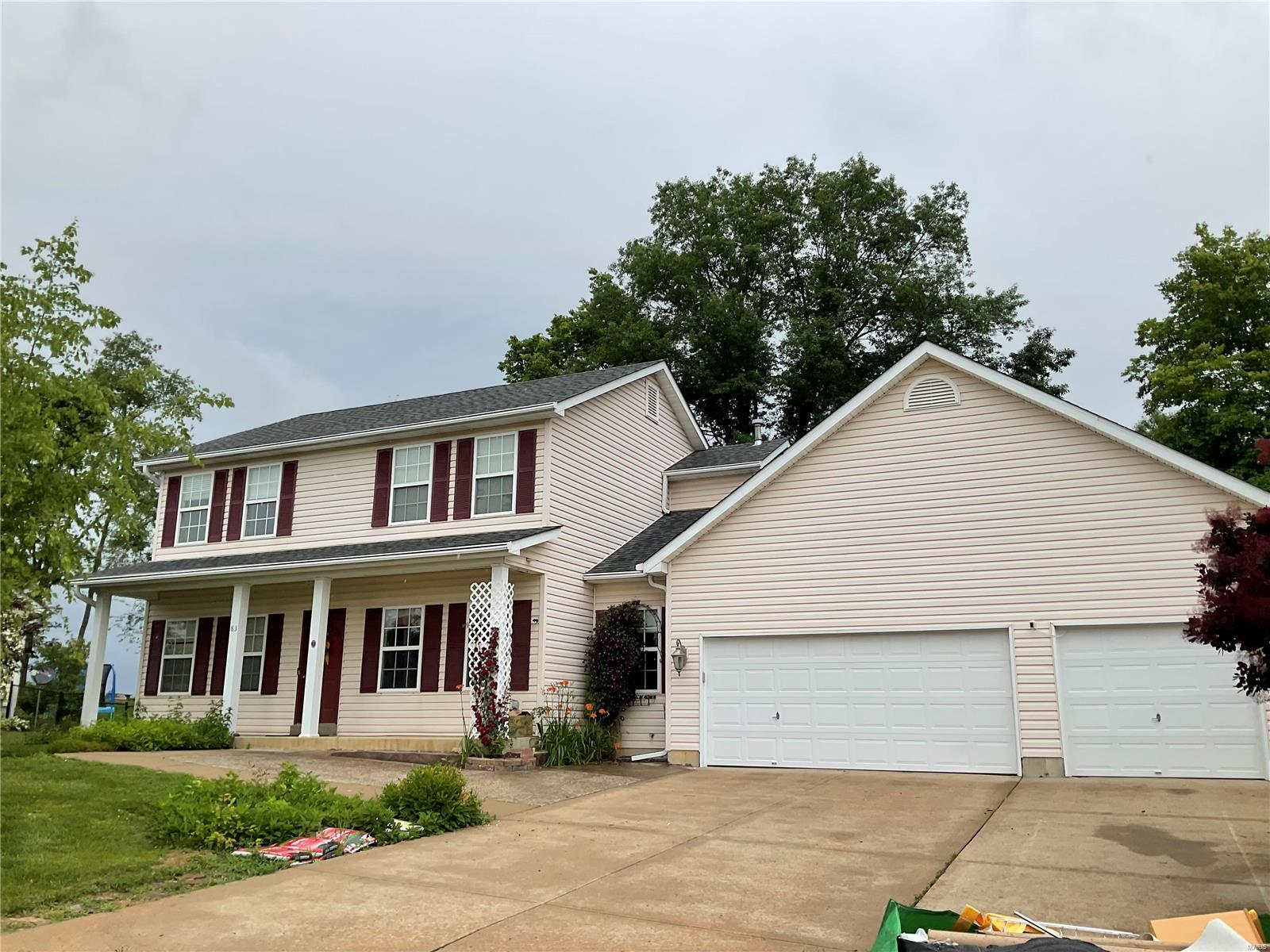 83 Glen Meadows Drive Property Photo - Troy, MO real estate listing