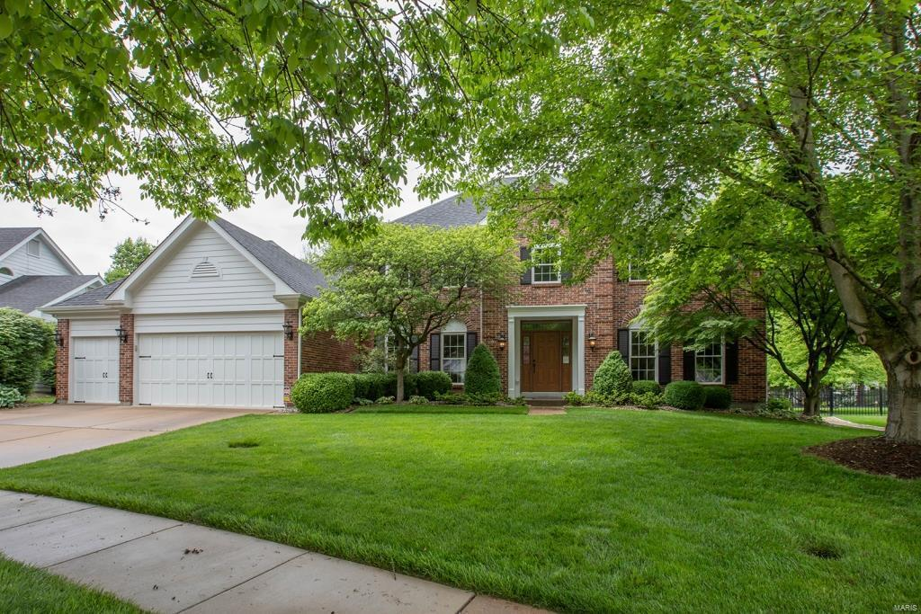 1241 Bluffview Ridge Drive Property Photo - Chesterfield, MO real estate listing