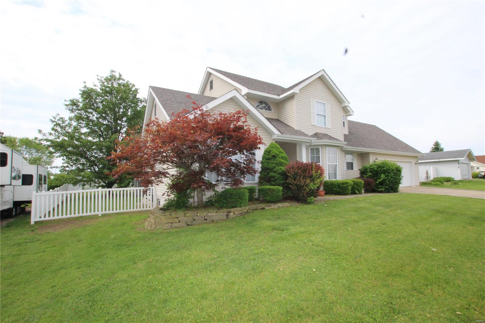 12 Maple Drive Property Photo - Warrenton, MO real estate listing