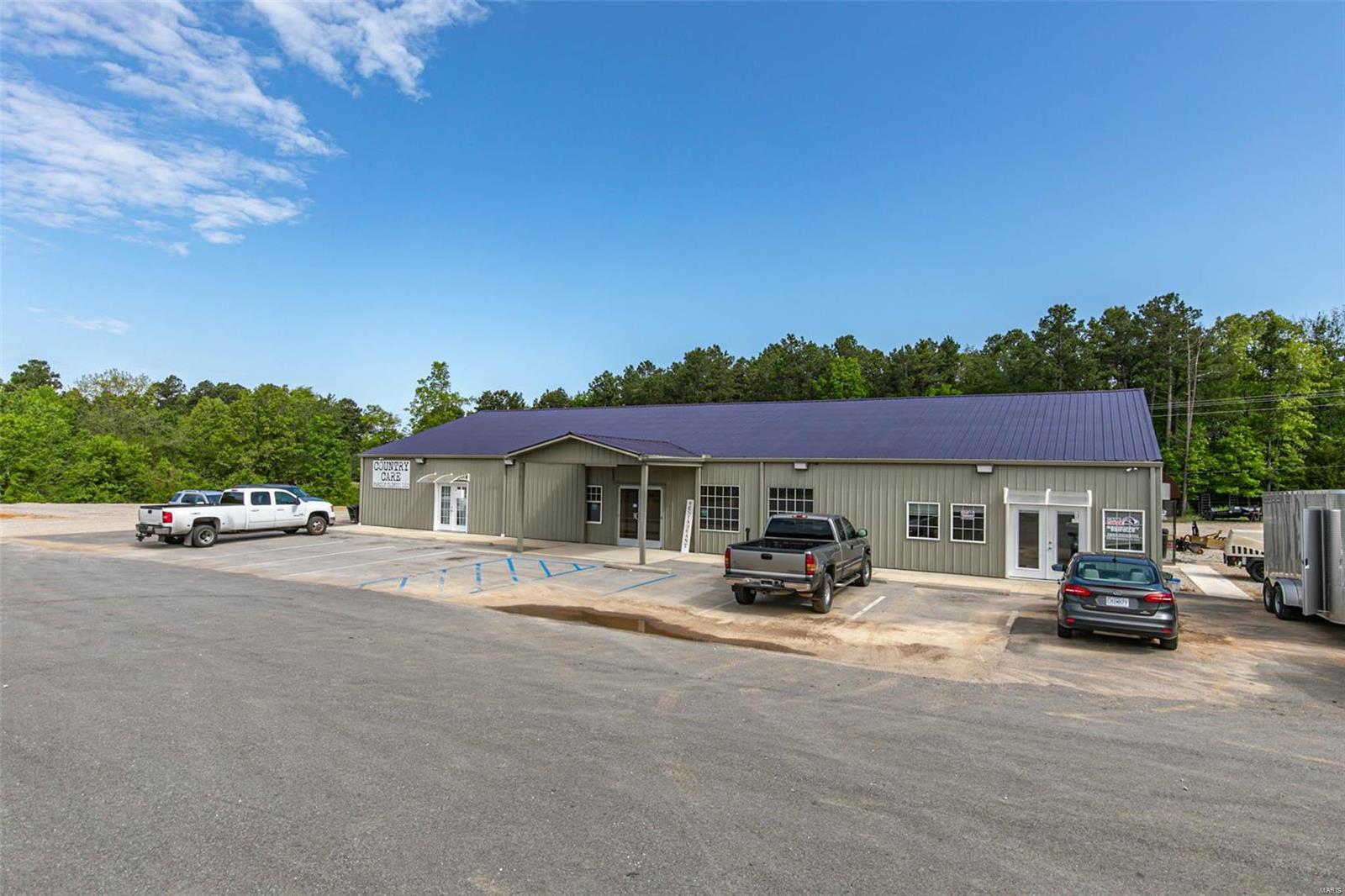 32365 Hwy 60 Property Photo - Ellsinore, MO real estate listing