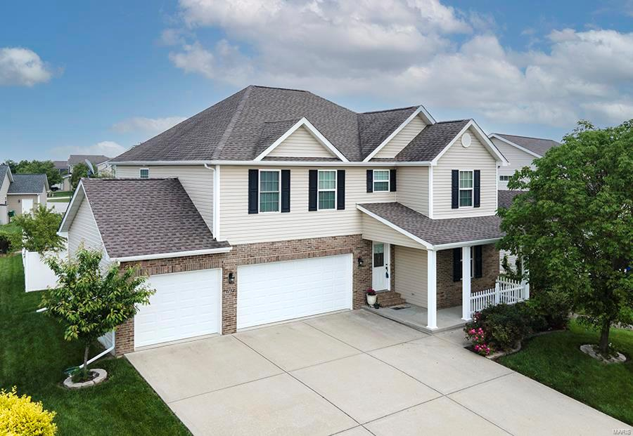 1152 Gulfstream Way Property Photo - Mascoutah, IL real estate listing