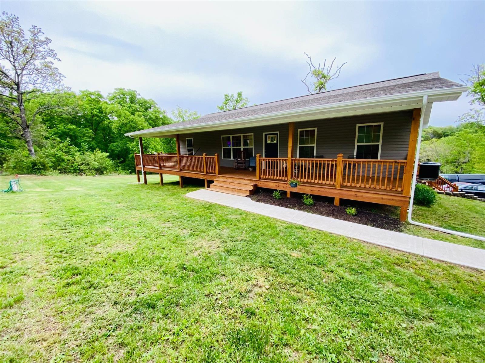 7312 Hardecke Property Photo - Sullivan, MO real estate listing