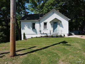 8563 Highway 100 Property Photo - New Haven, MO real estate listing