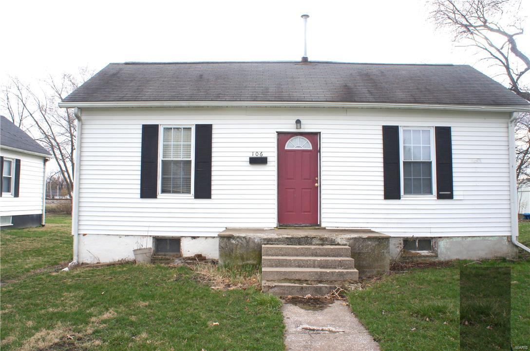 106 W 5TH Street Property Photo - Mount Olive, IL real estate listing