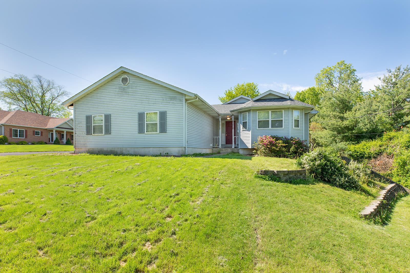 2 Lakeview Drive Property Photo - Brighton, IL real estate listing