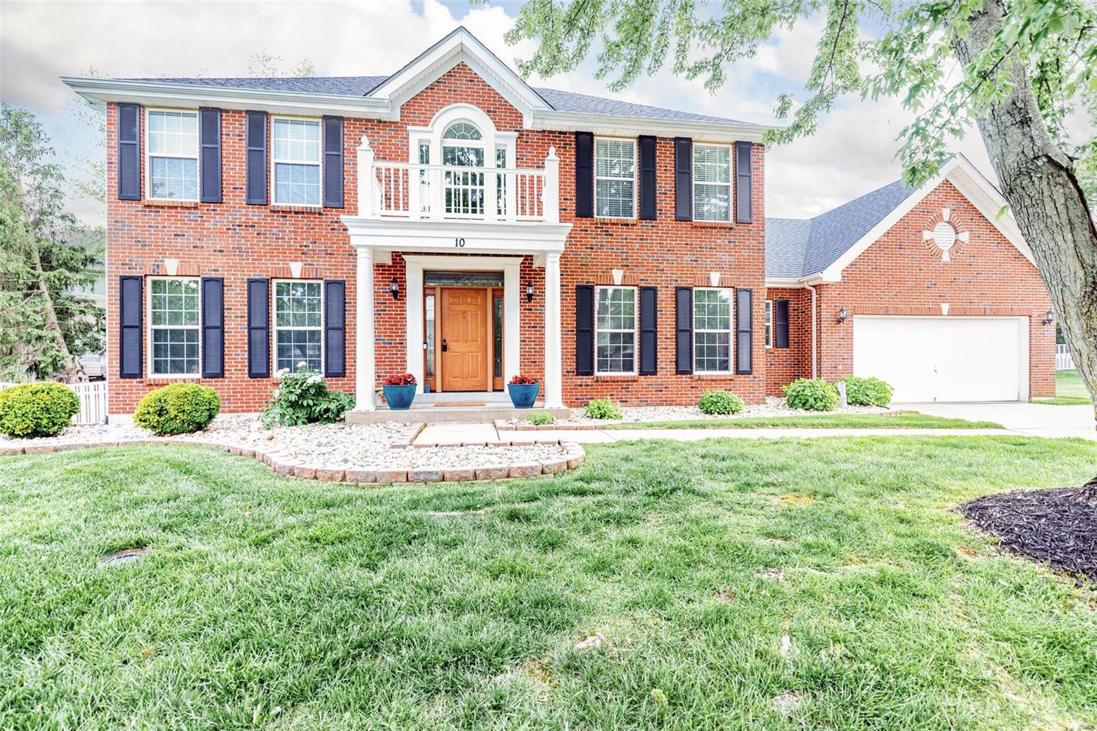 10 Nantucket Island Court Property Photo - Grover, MO real estate listing