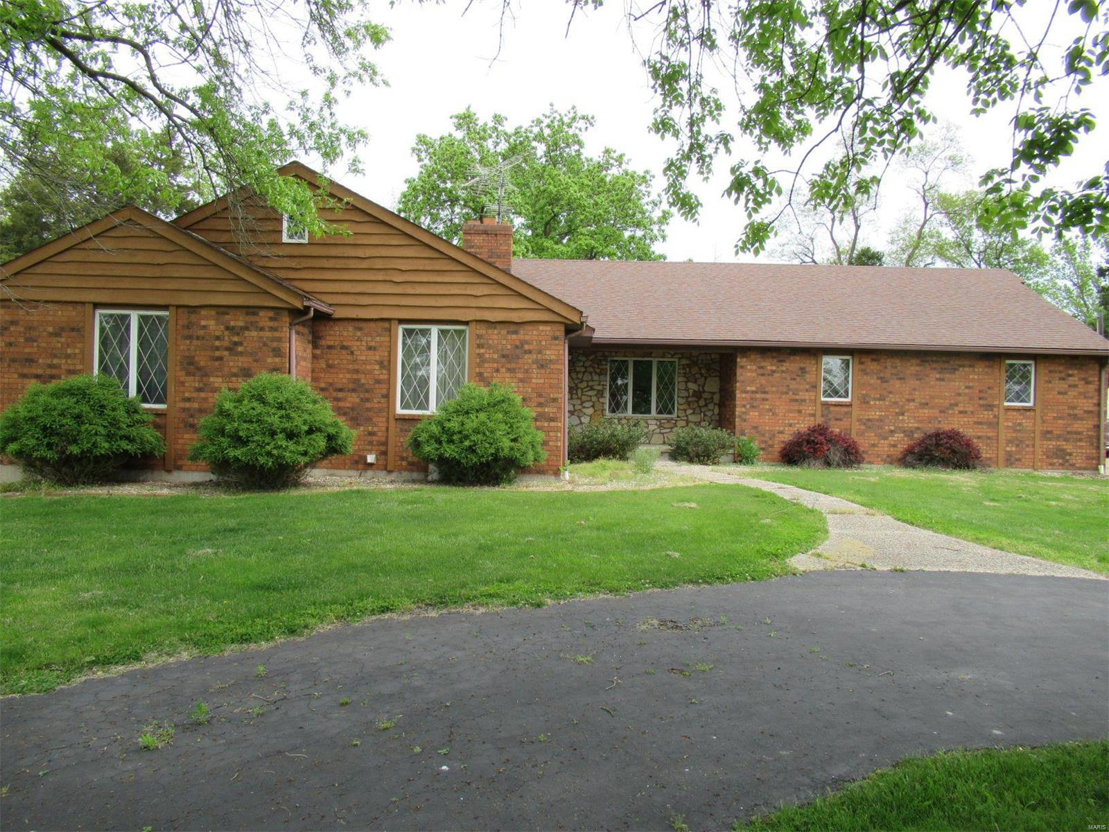 301 E Canton Road Property Photo - Monticello, MO real estate listing