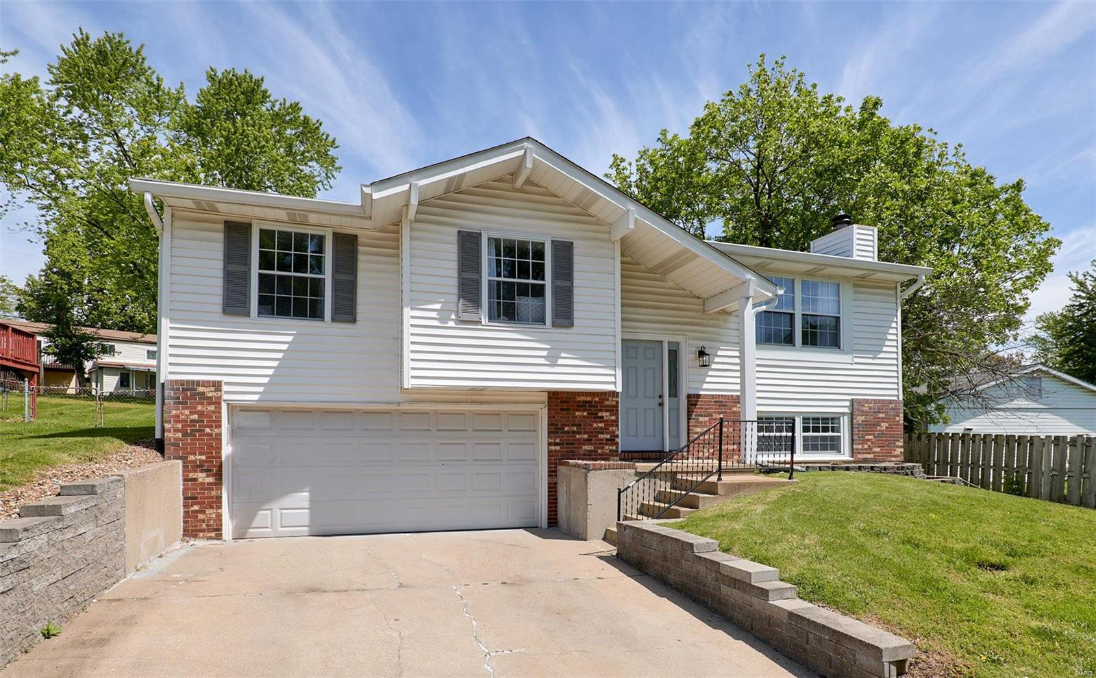 12443 Marine Avenue Property Photo - Maryland Heights, MO real estate listing