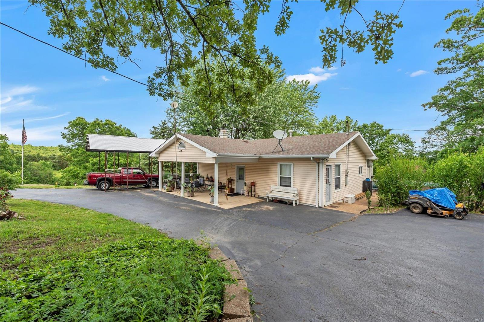 4934 Willow Ford Road Property Photo