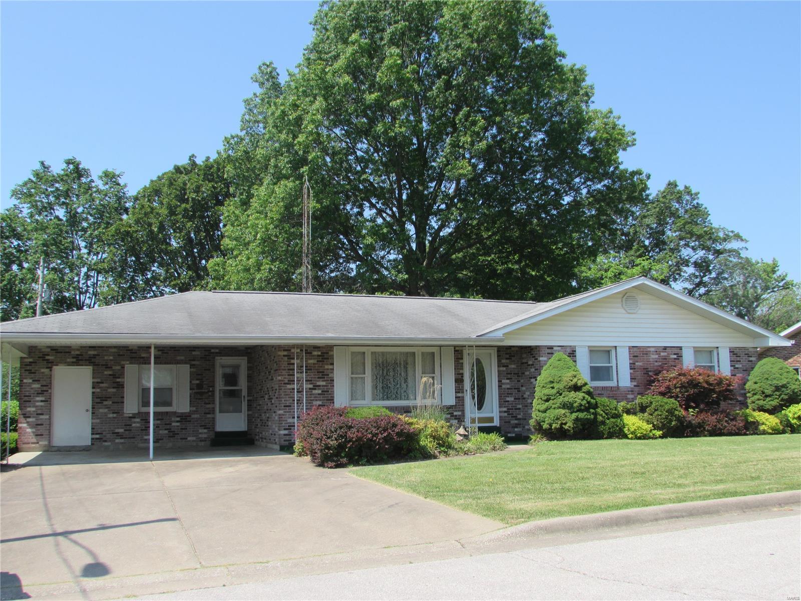 515 Brinkman Drive Property Photo 1