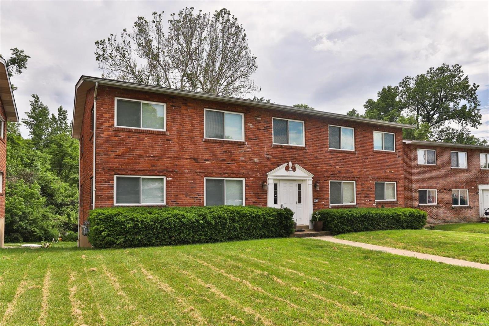 9546 Hyde Park Property Photo 1