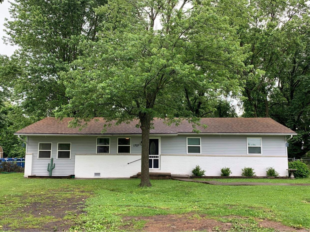 1703 W Madison Property Photo 1