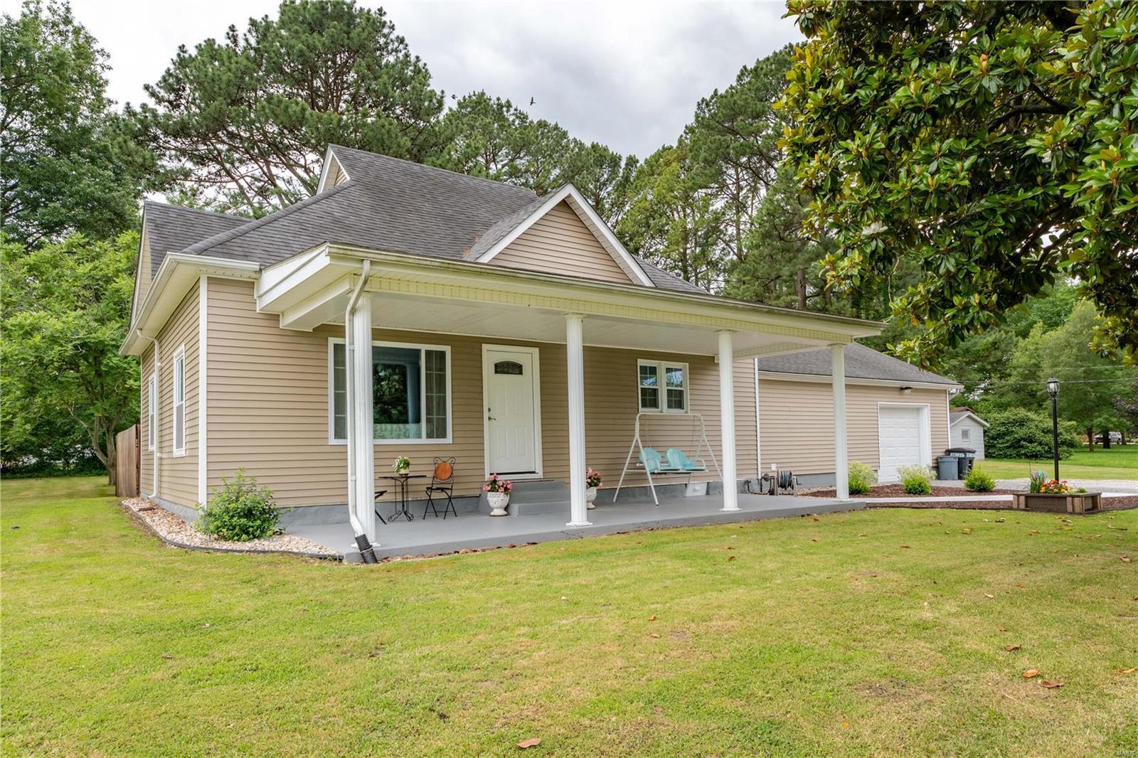 1700 W Herrin Street Property Photo 1