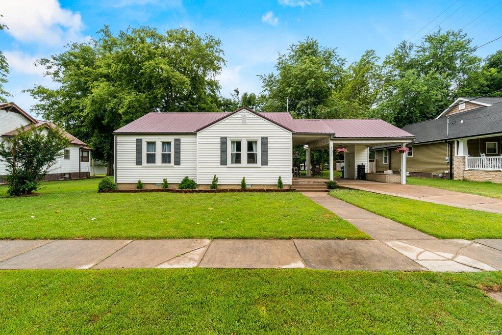 131 Missouri Street Property Photo 1