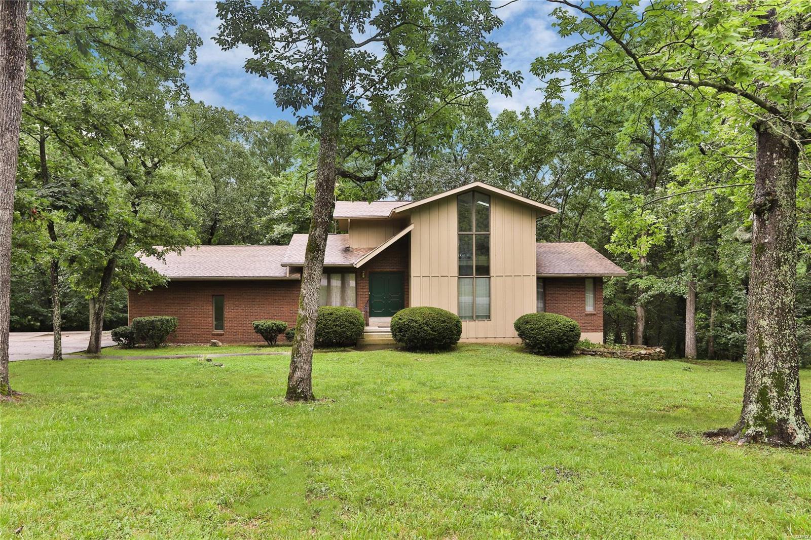 13638 Lakewood Drive Property Photo 1