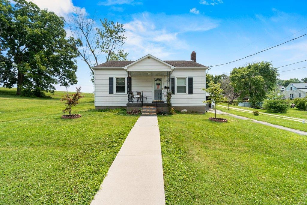 407 W North Street Property Photo 1