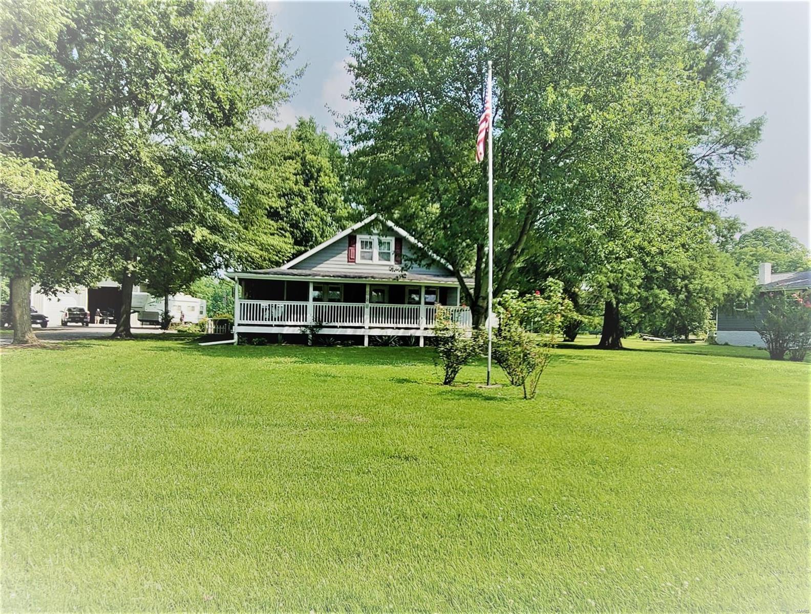 205 W Smith Property Photo 1