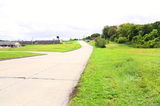 3 West Dr Property Photo - Cape Girardeau, MO real estate listing