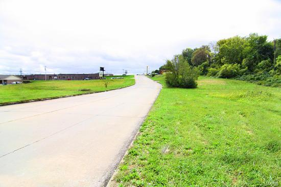4 WEST DRIVE Property Photo - Cape Girardeau, MO real estate listing
