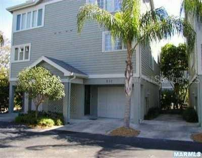 531 FOREST WAY Property Photo