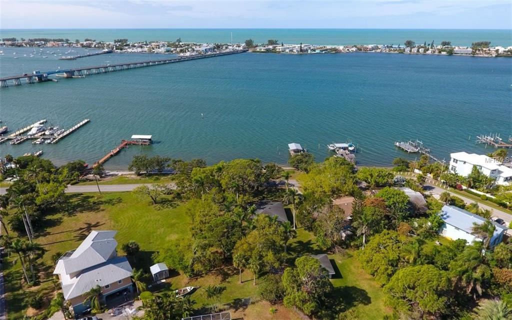 4229 127TH ST W Property Photo - CORTEZ, FL real estate listing