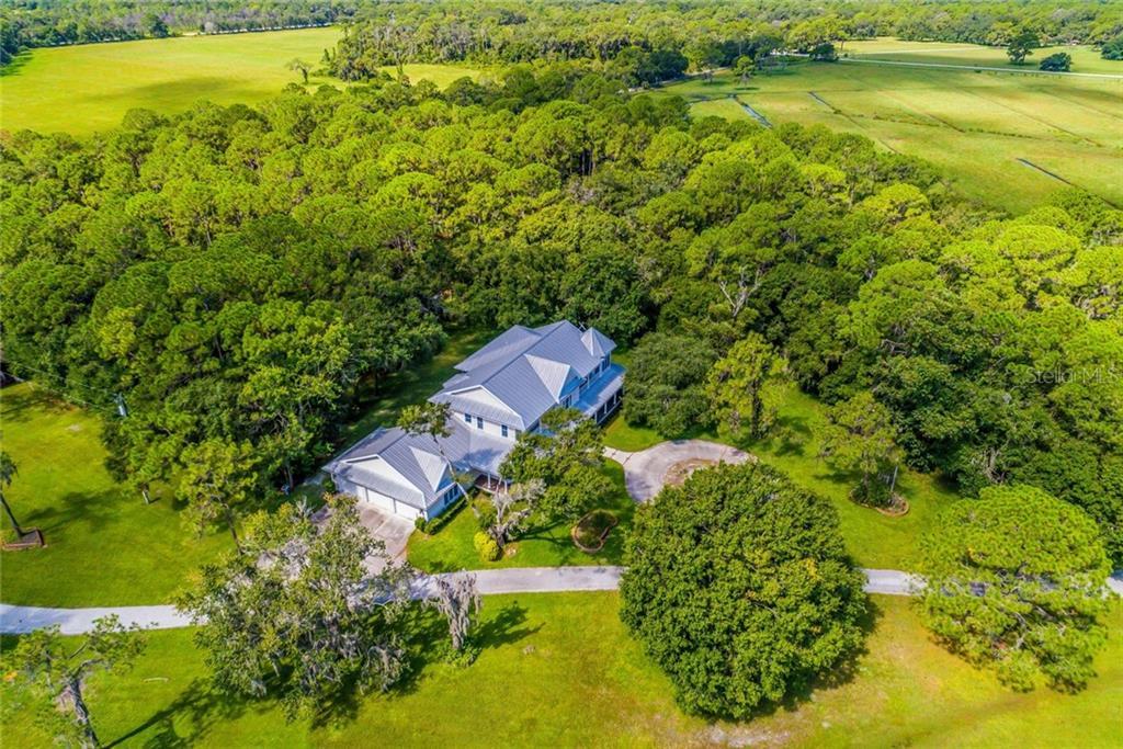 1201 COWPEN LANE Property Photo - SARASOTA, FL real estate listing