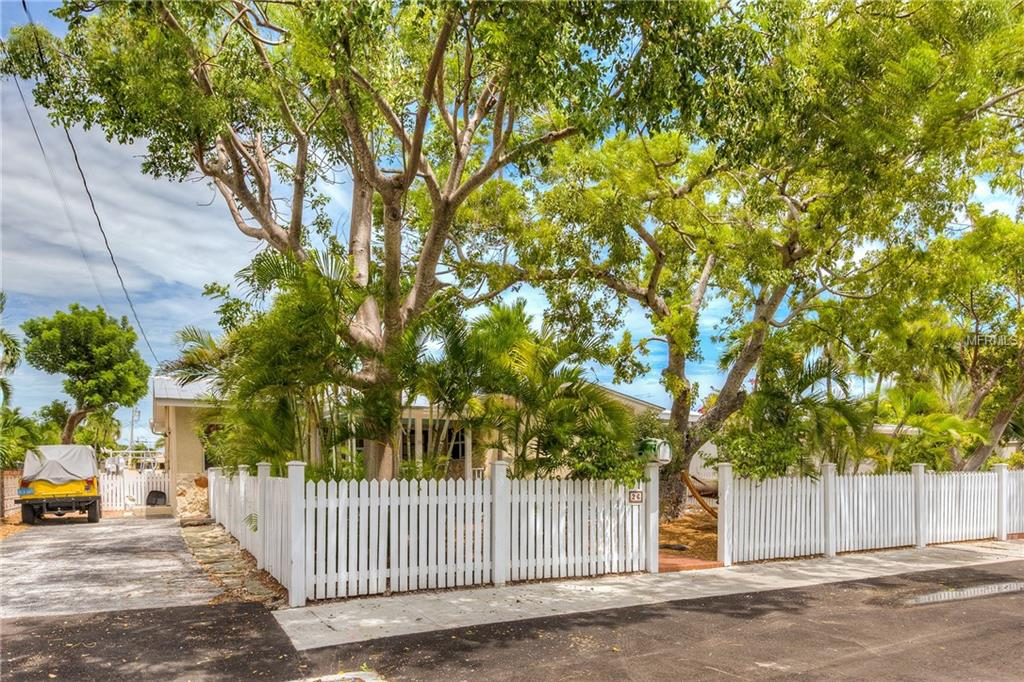 33040 Real Estate Listings Main Image
