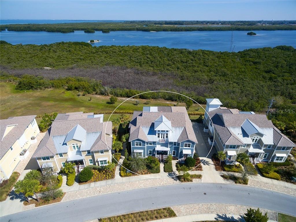 233 Sapphire Lake Dr #201 Property Photo