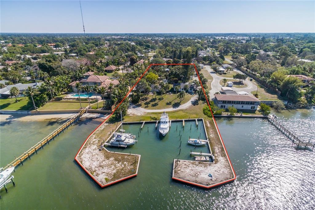1649 BAYSHORE ROAD Property Photo - NOKOMIS, FL real estate listing