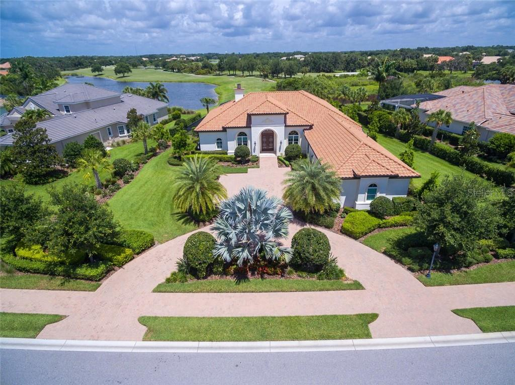 3331 FOUNDERS CLUB DR Property Photo - SARASOTA, FL real estate listing