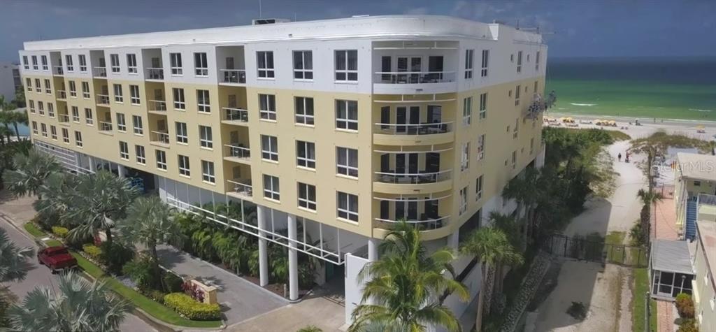 915 SEASIDE DR #507 Property Photo - SARASOTA, FL real estate listing