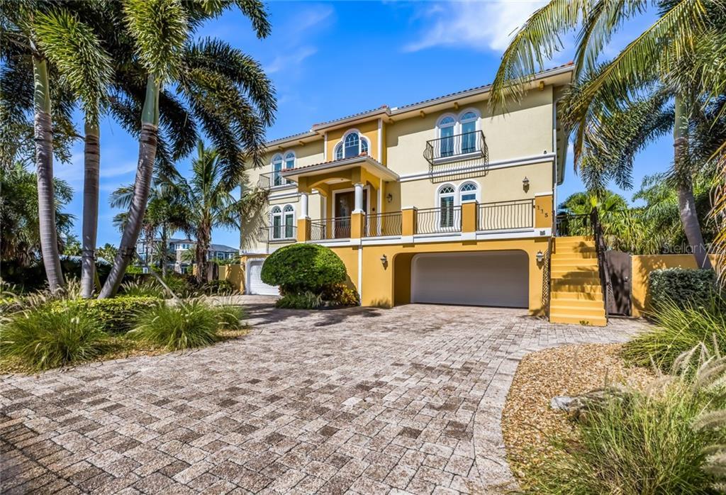 115 48 ST Property Photo - HOLMES BEACH, FL real estate listing