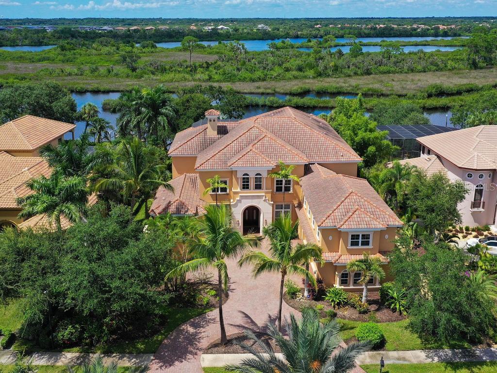 10407 RIVERBANK TER Property Photo - BRADENTON, FL real estate listing