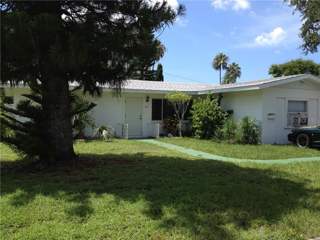 102 4th Street E Property Photo