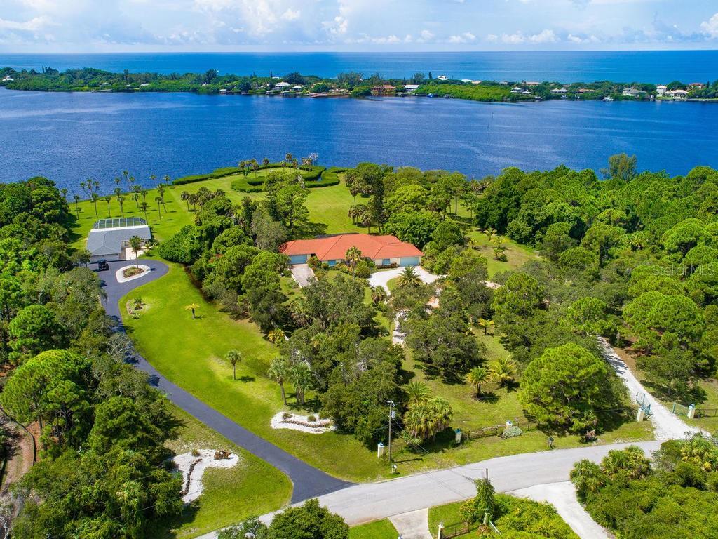 1716 Bayshore Dr Property Photo