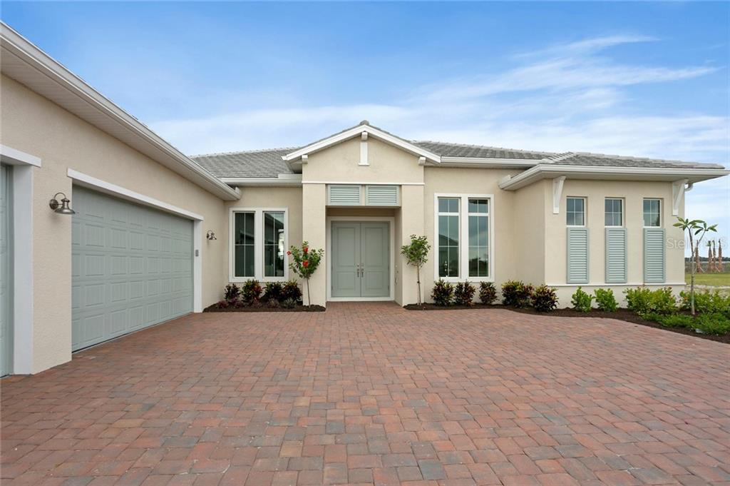 8280 Redonda Loop Property Photo 3