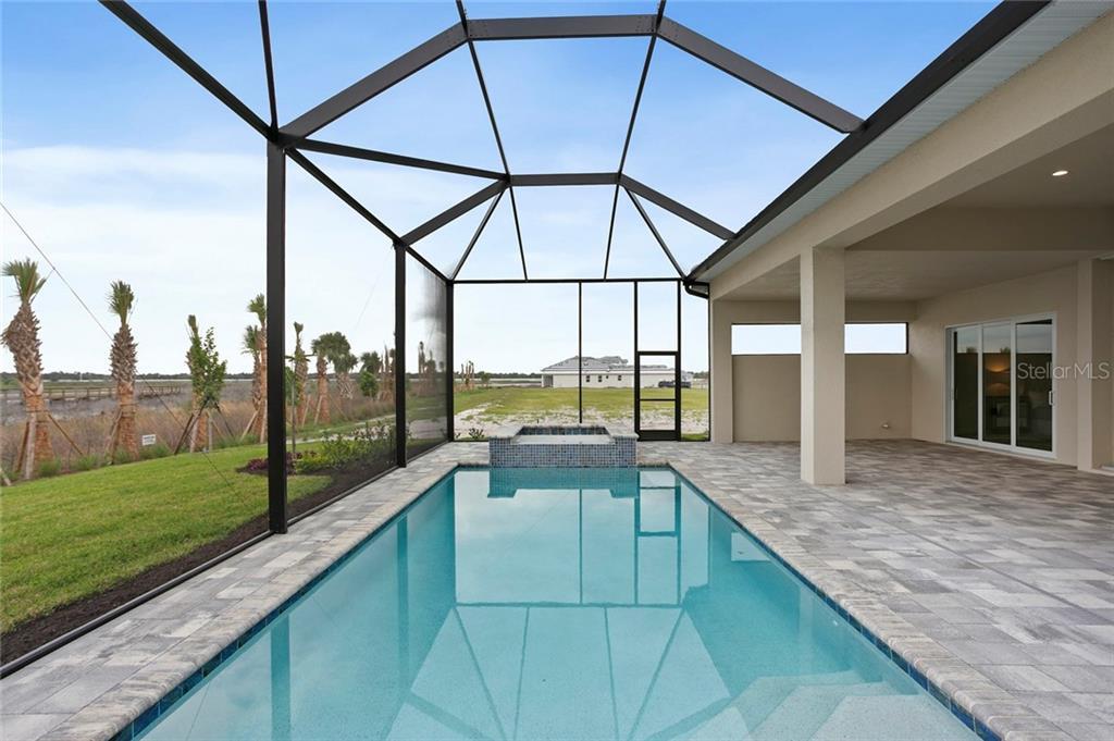 8280 Redonda Loop Property Photo 6