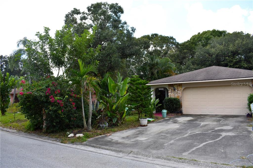 2483 MCGUFFY CIR CIRCLE Property Photo