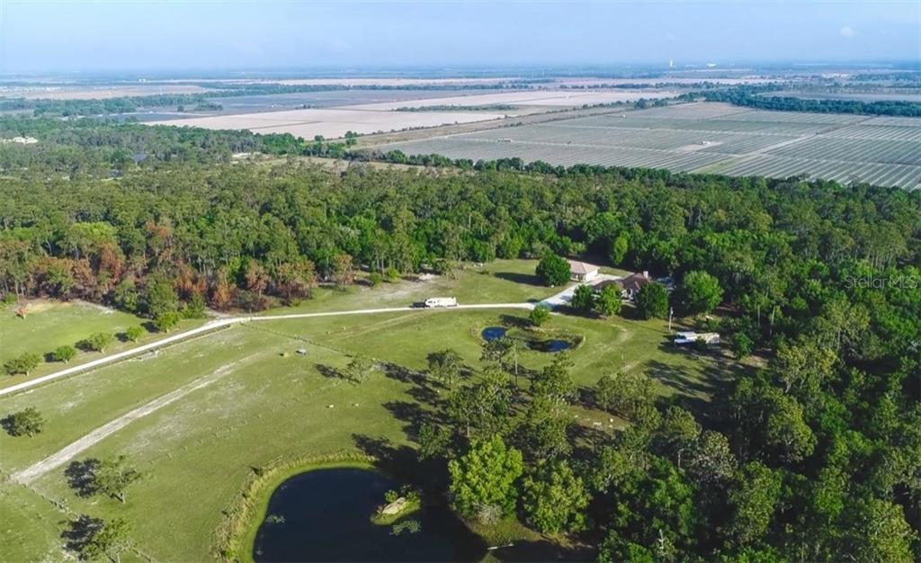 20605 63RD AVE E Property Photo - BRADENTON, FL real estate listing