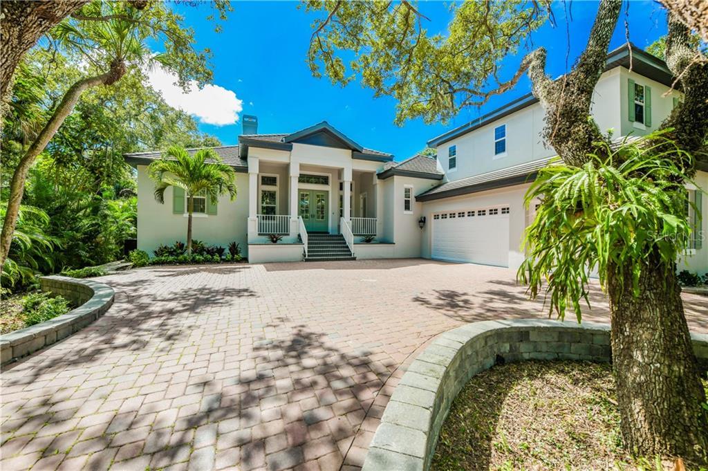 1216 NORTHPORT DR Property Photo - SARASOTA, FL real estate listing