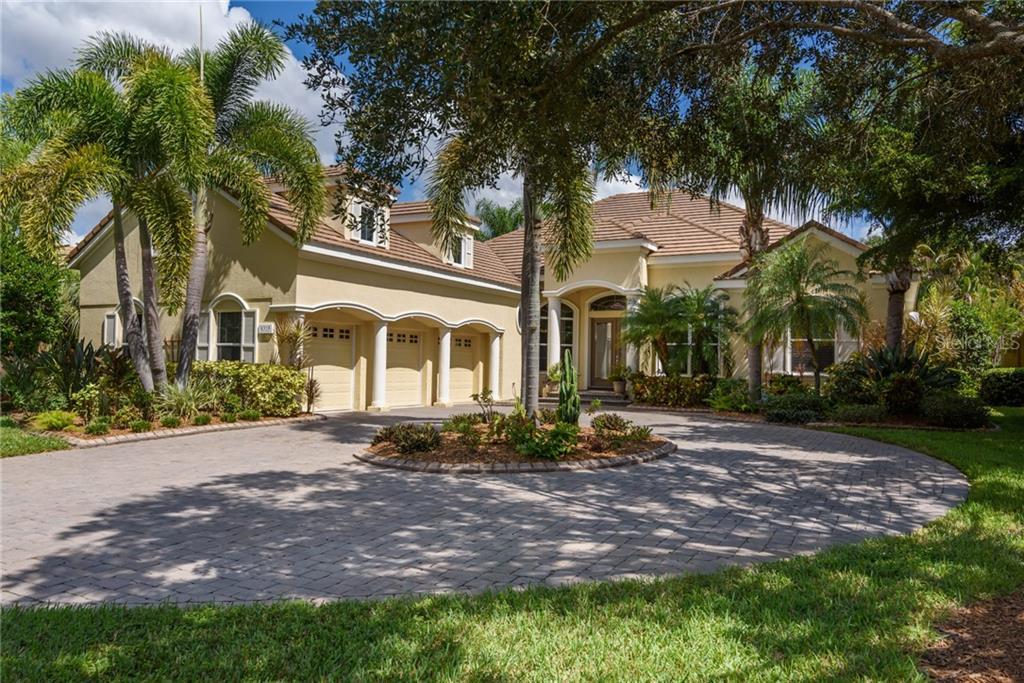 8315 GROSVENOR CT Property Photo - UNIVERSITY PARK, FL real estate listing