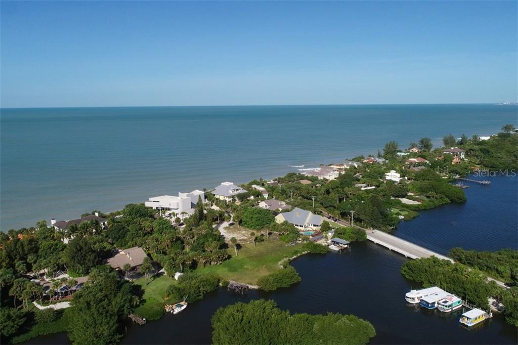 Casey Key Road Property Photo