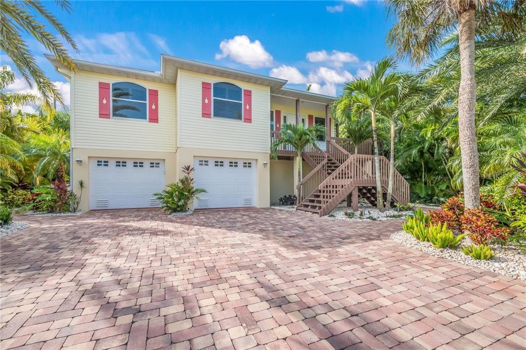217 SYCAMORE AVE Property Photo - ANNA MARIA, FL real estate listing