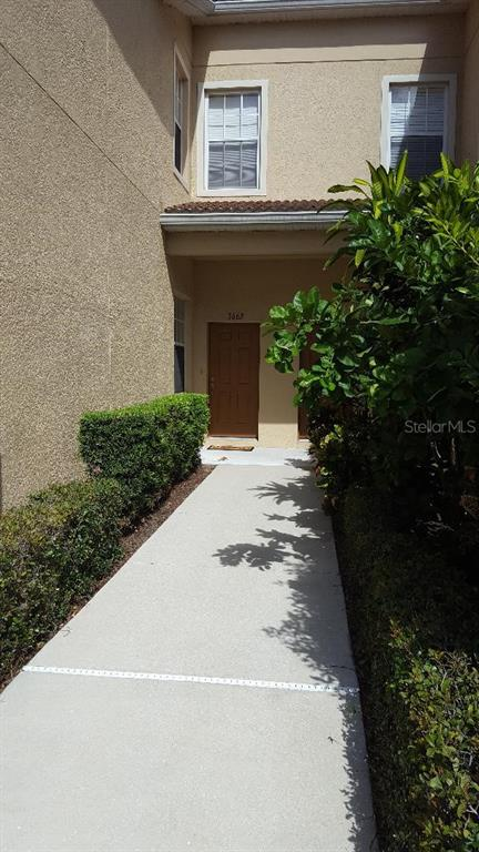 3662 Parkridge Circle #28-102 Property Photo