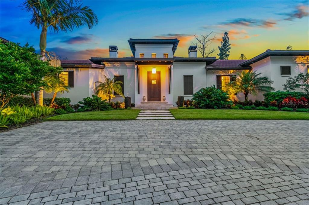 1207 SHARSWOOD LN Property Photo - SARASOTA, FL real estate listing
