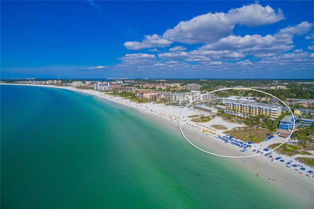 915 SEASIDE DR #605 Property Photo - SARASOTA, FL real estate listing