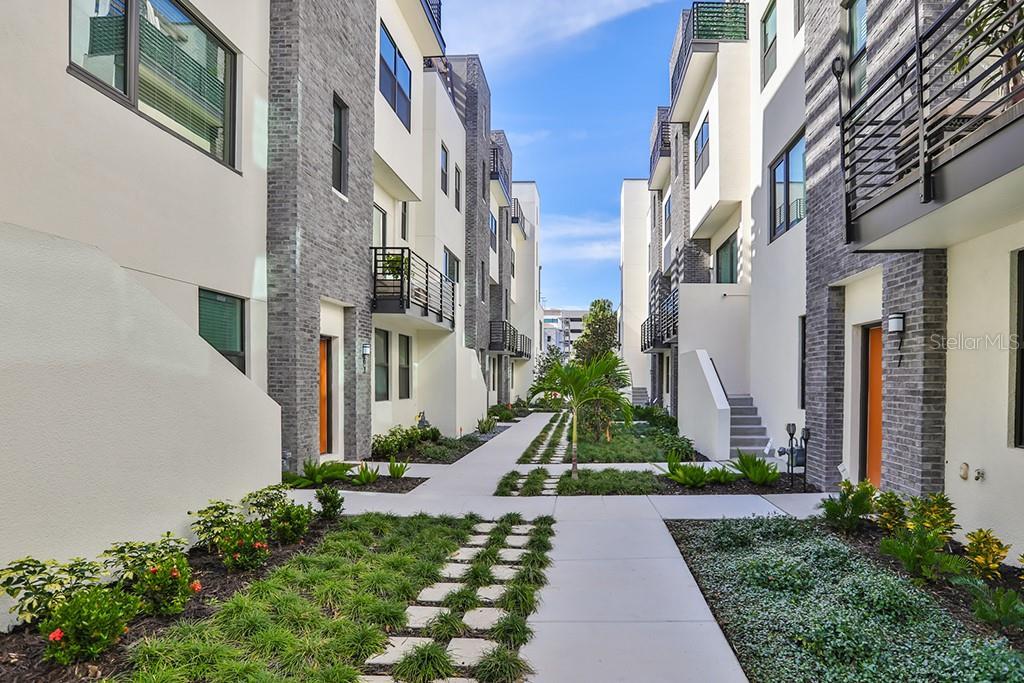 2511 N GRADY AVENUE #52 Property Photo - TAMPA, FL real estate listing