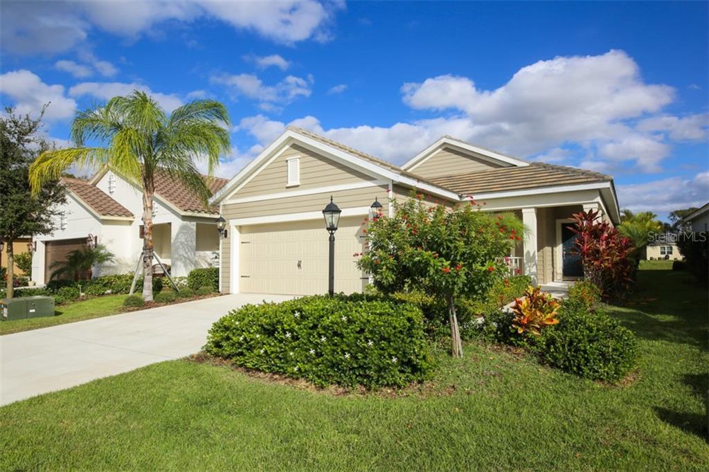 4019 AZURITE WAY Property Photo