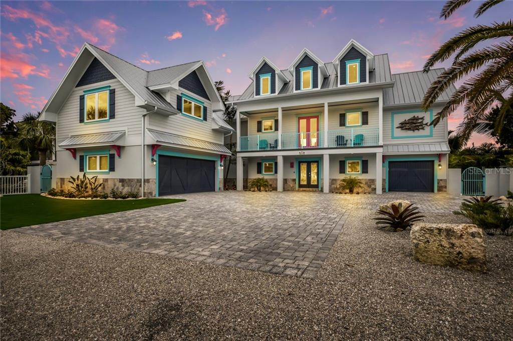 211 Oak Avenue Property Photo